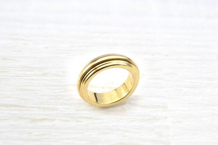 Bague Piaget en or jaune 18k