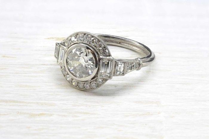 Bague solitaire diamant vintage