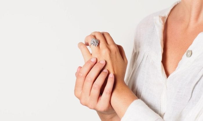 bague diamant vintage en or blanc 18k