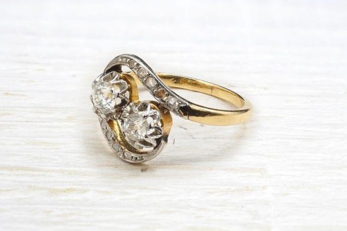 Bague diamants toi et moi ancienne