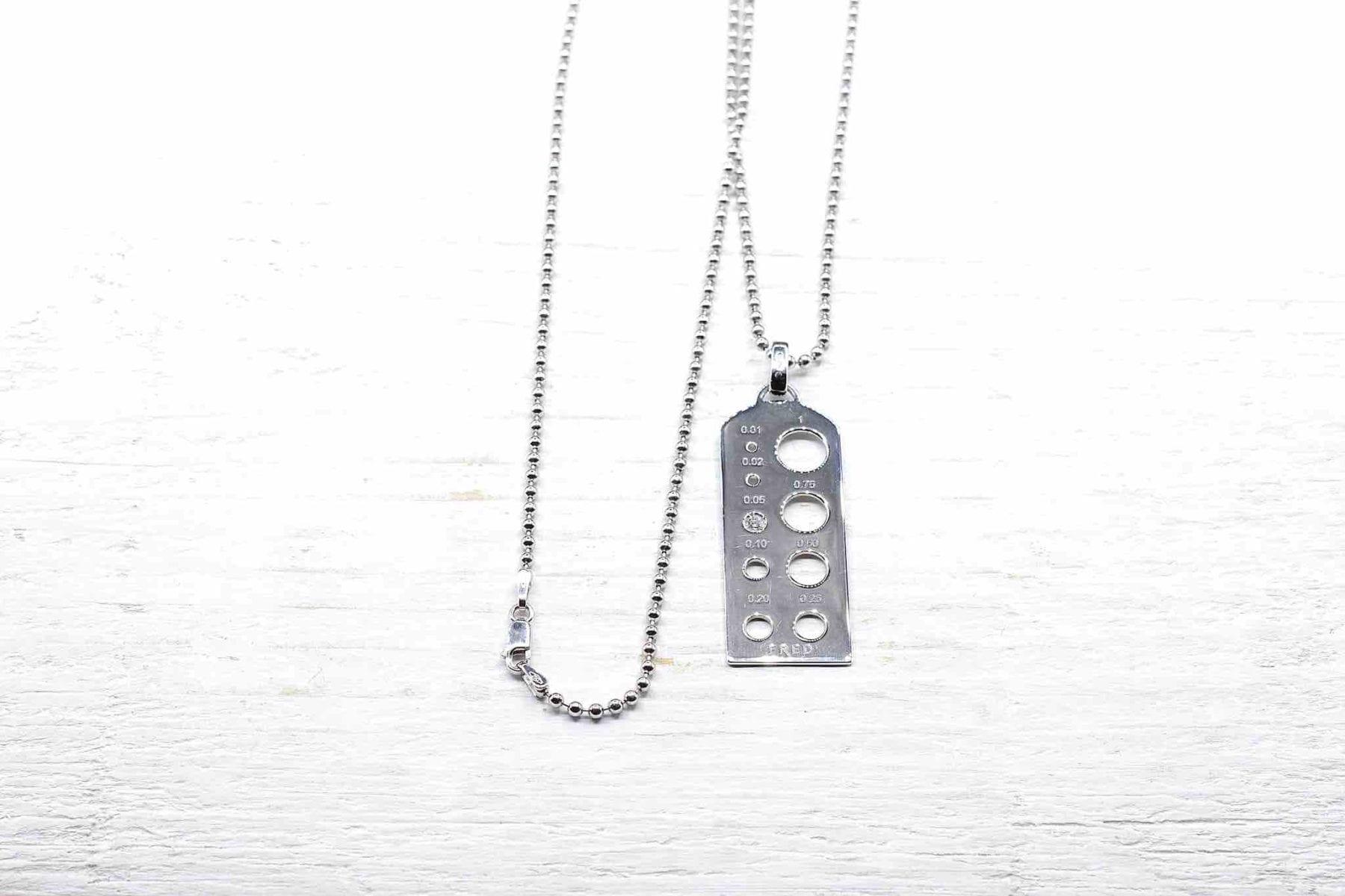 pendentif Fred diamant en or blanc 18k