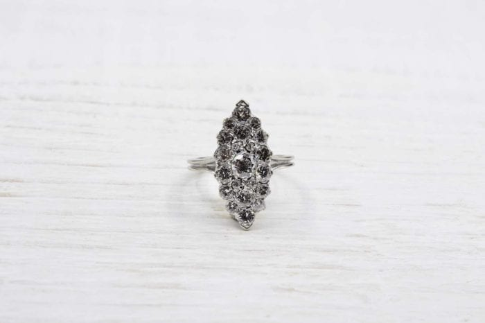 Marquise diamants en or blanc 18k
