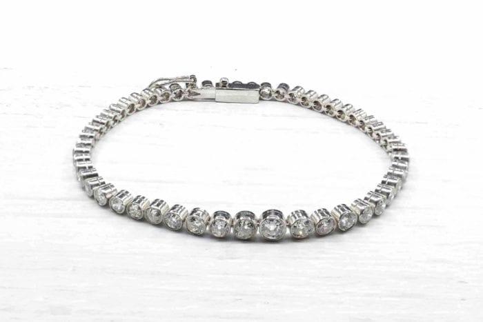 Bracelet rivière de diamants en platine
