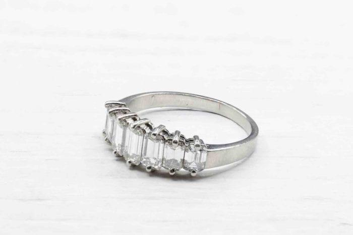 Bague diamants baguettes en or blanc et platine