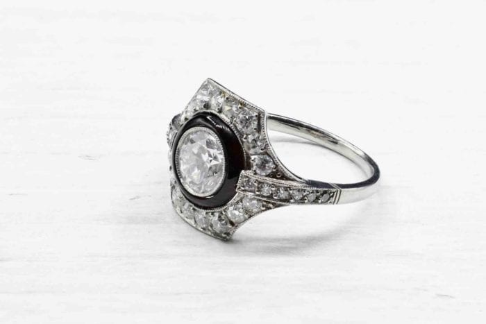 Bague onyx diamants Art Déco en platine