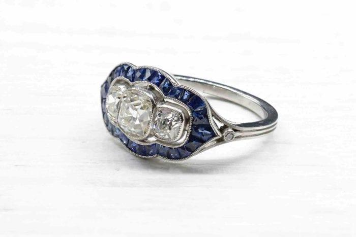 Bague vintage diamants et saphirs en platine