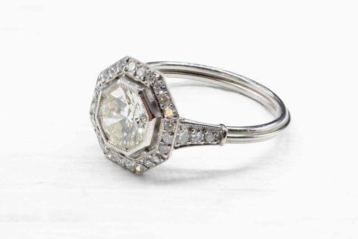 Bague octogonale diamants en platine