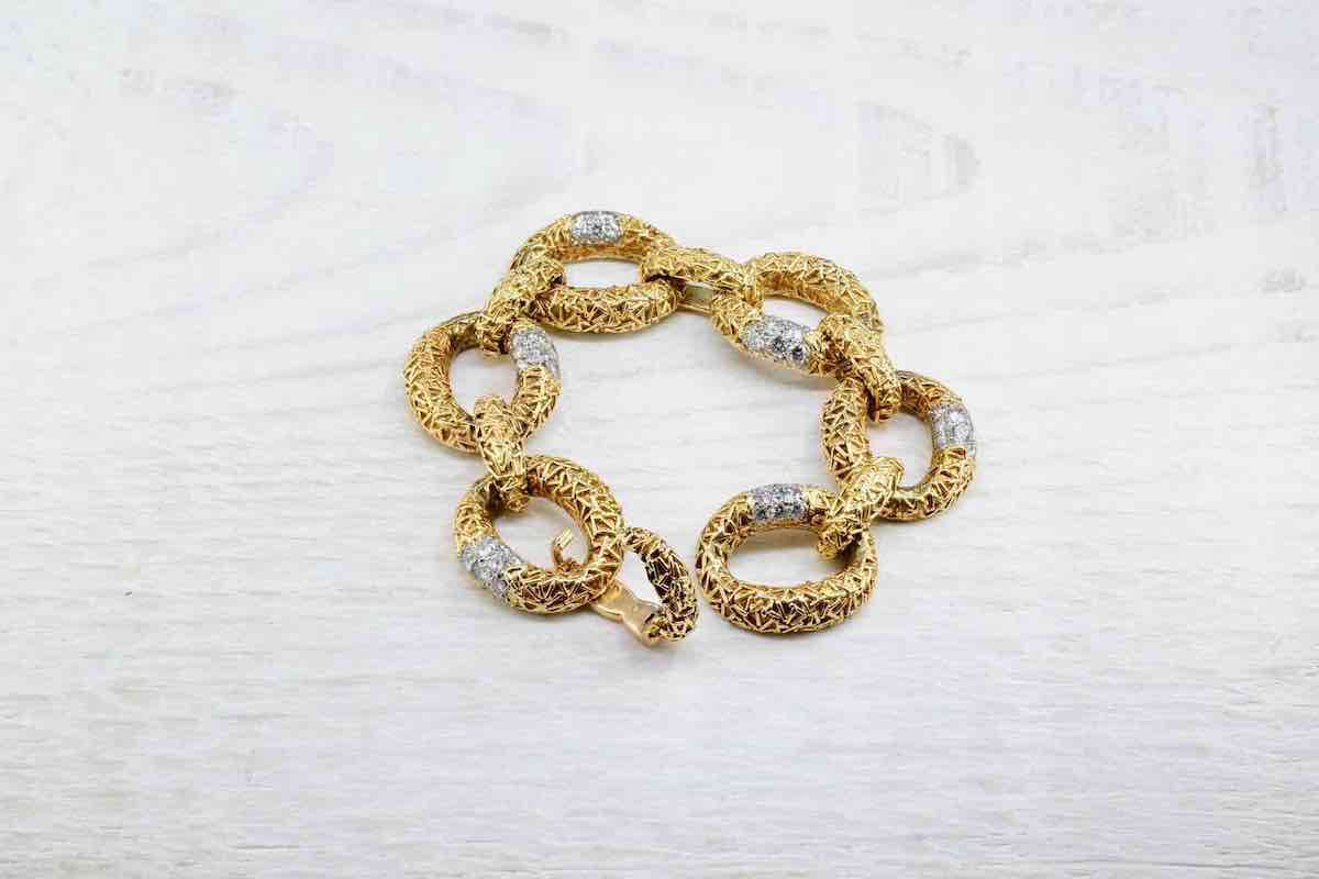 bracelet en or massif 18 carats