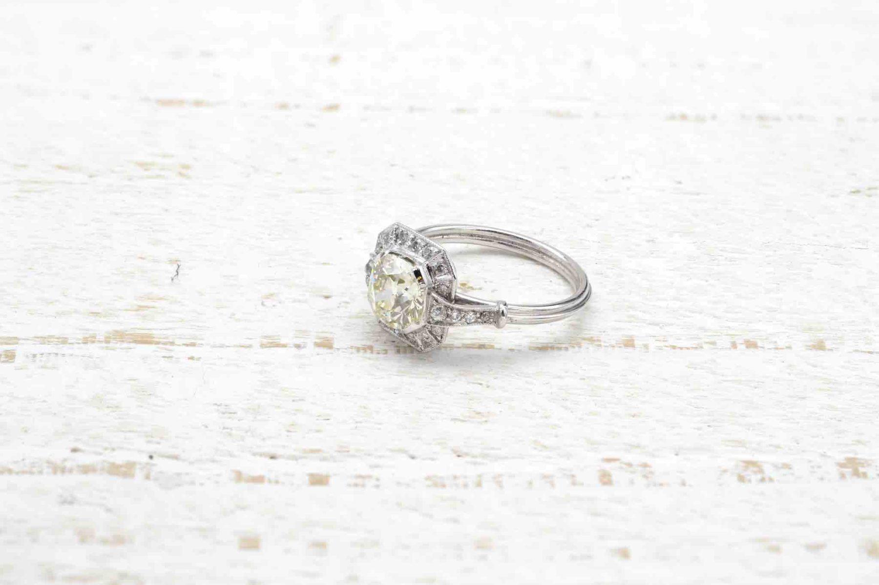 Bague solitaire diamant de 1,39 carats en platine