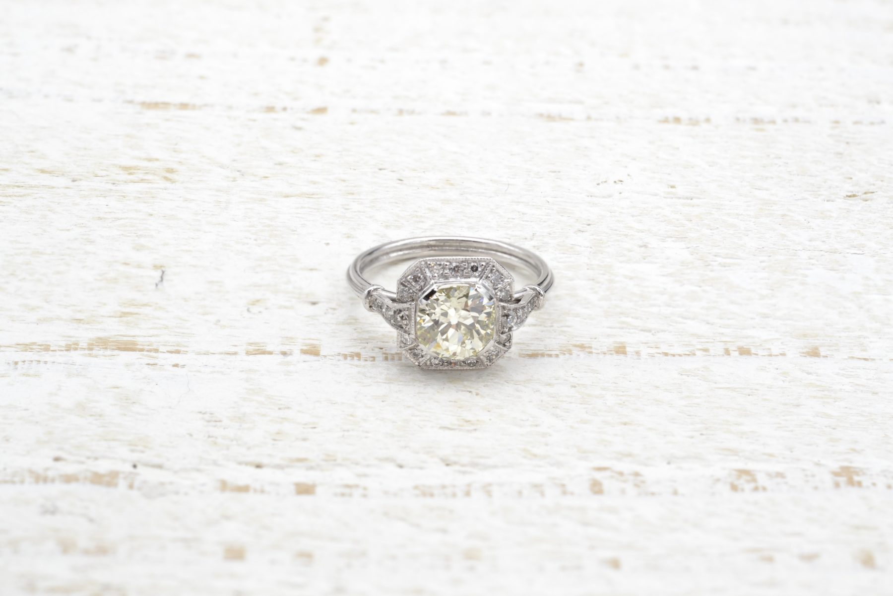 Bague de fiançailles diamant de 1,39 carats en platine