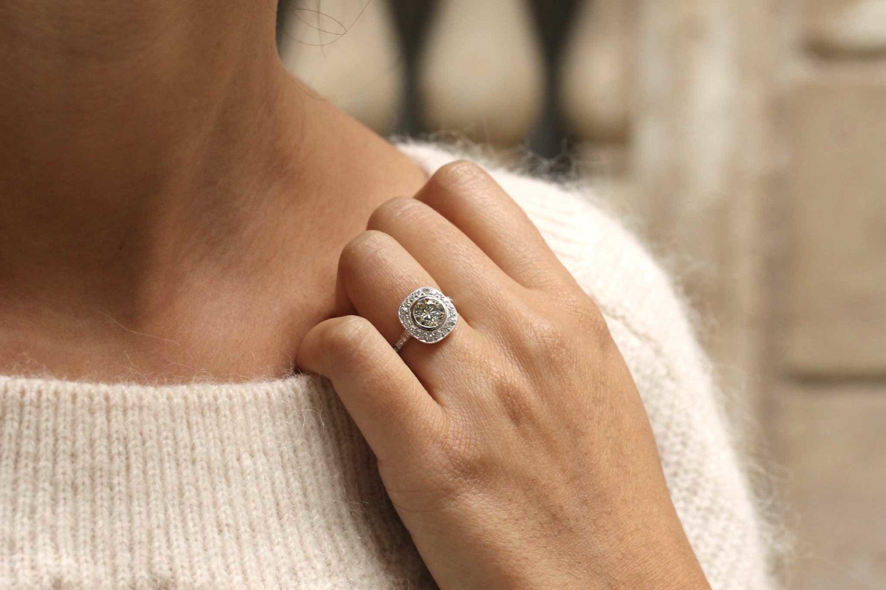 Bague style vintage diamants en platine