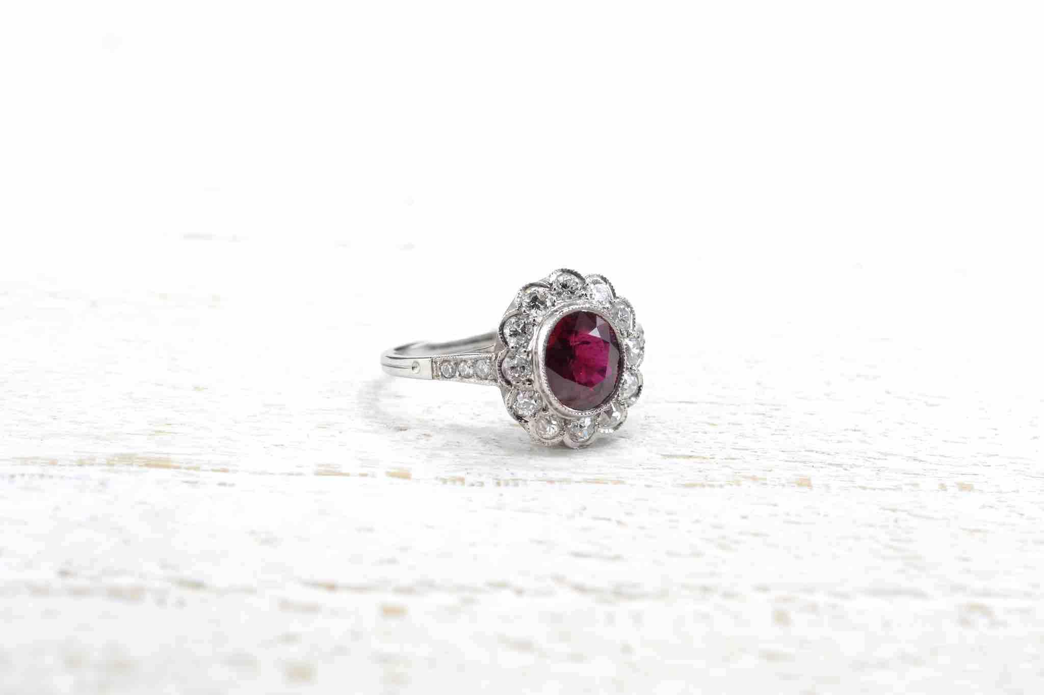 bague fleur rubis diamants