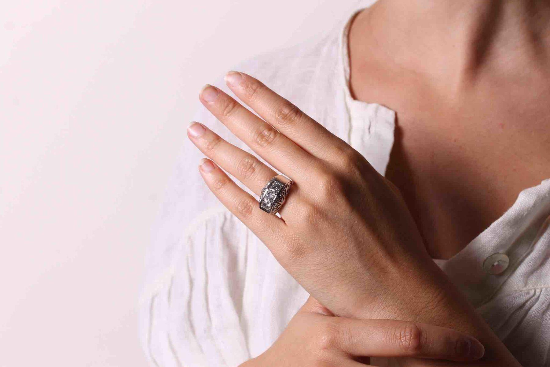 Bague dôme diamants années 1950 en platine