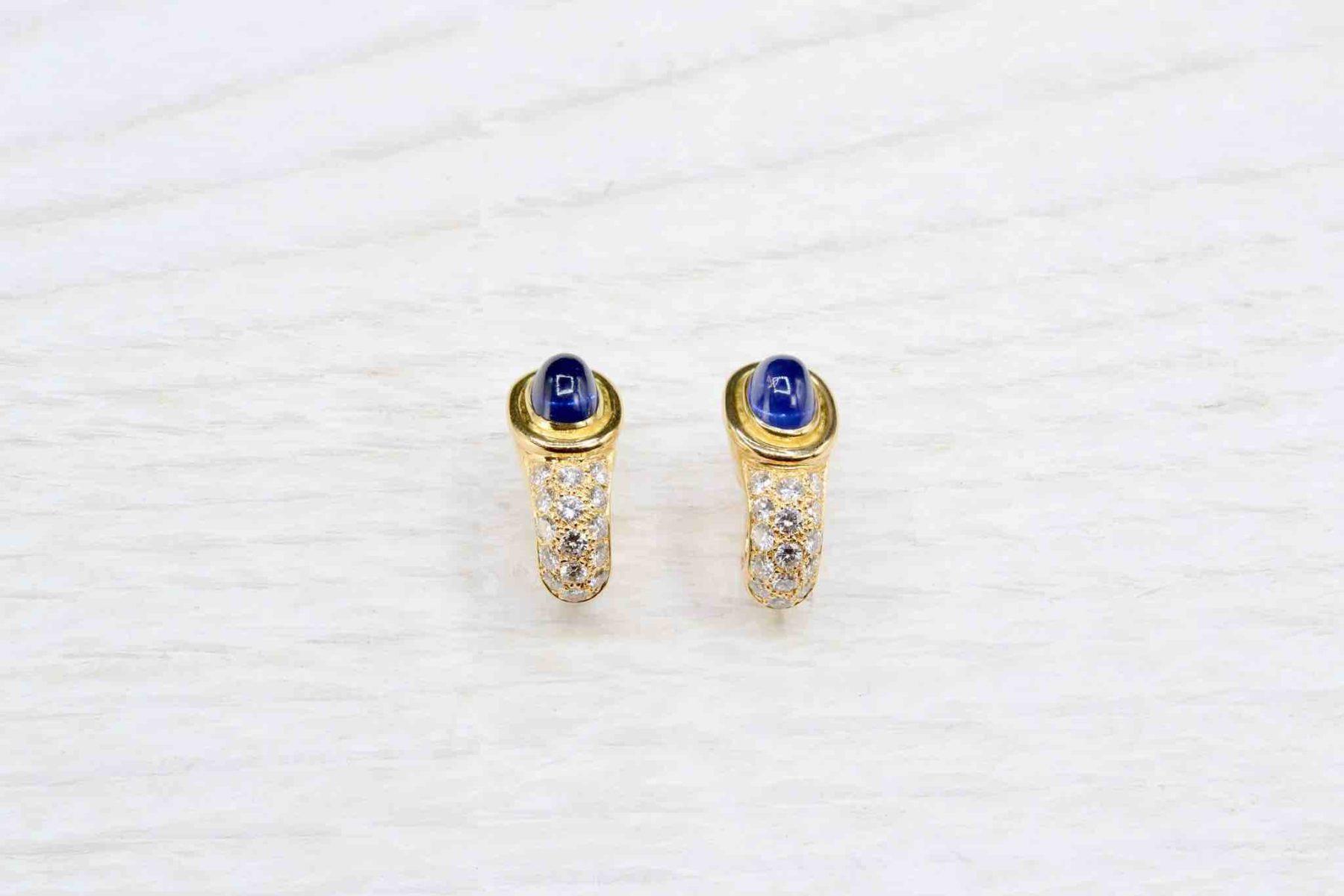 Boucles d'oreilles saphirs et diamants en or 18k