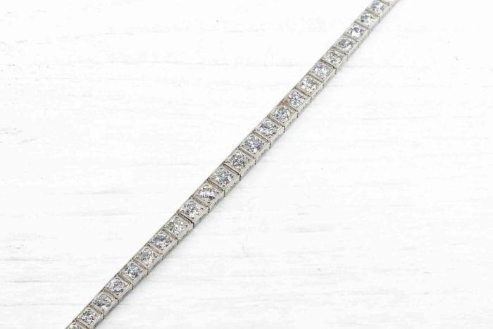 Bracelet 1920 rivière de diamants en platine