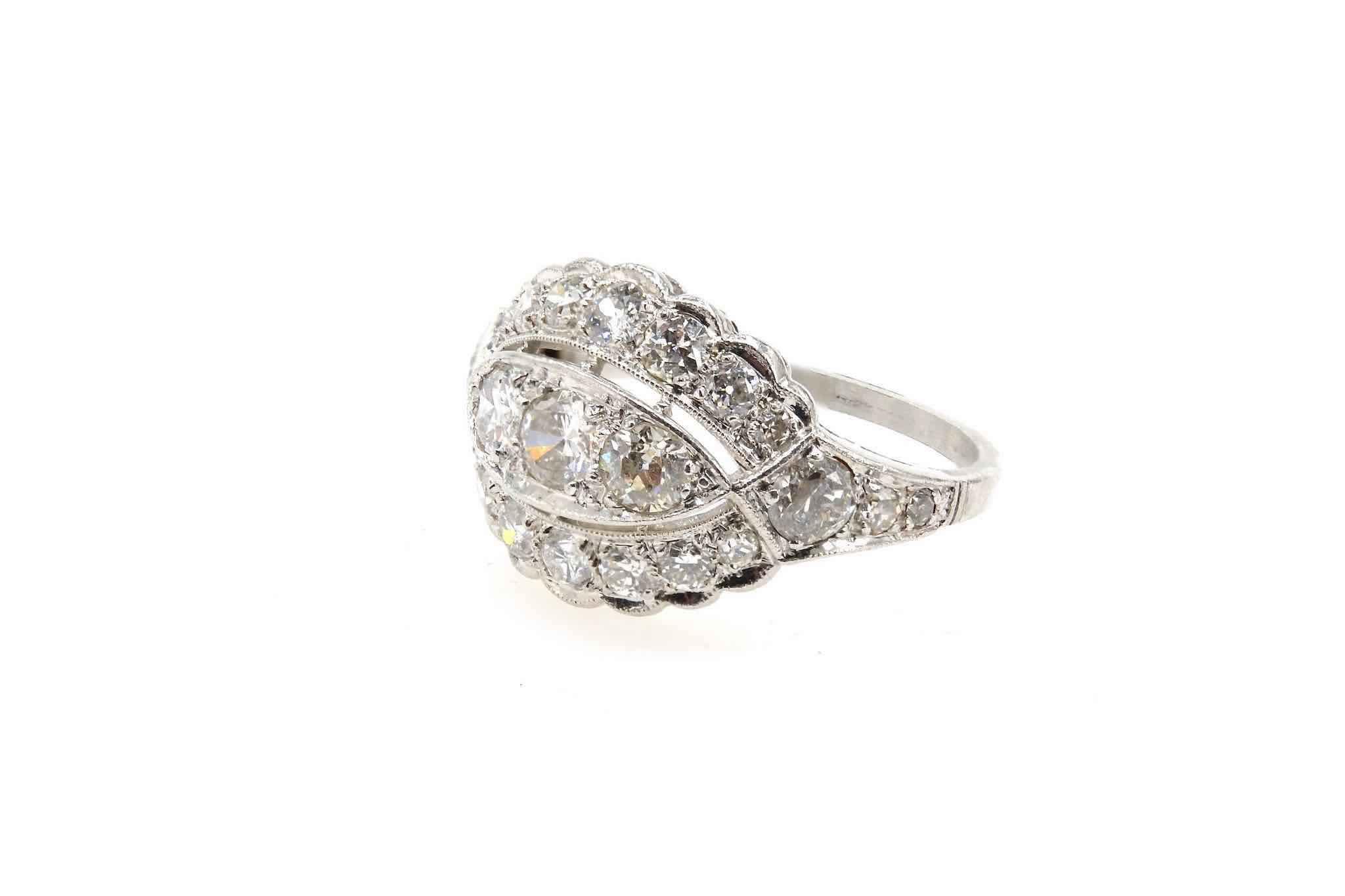 bague ancienne bandeau sertie de diamants
