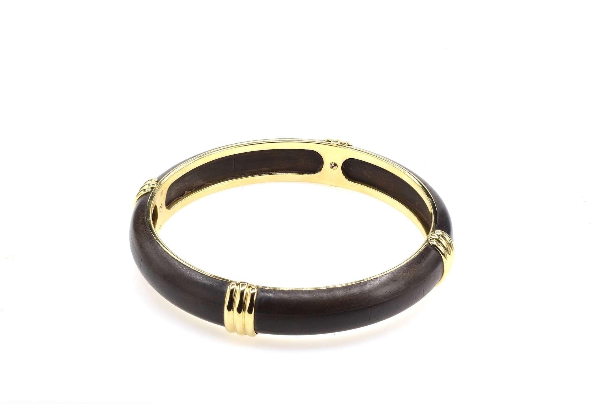 Bracelet Boucheron en or 18k et bois