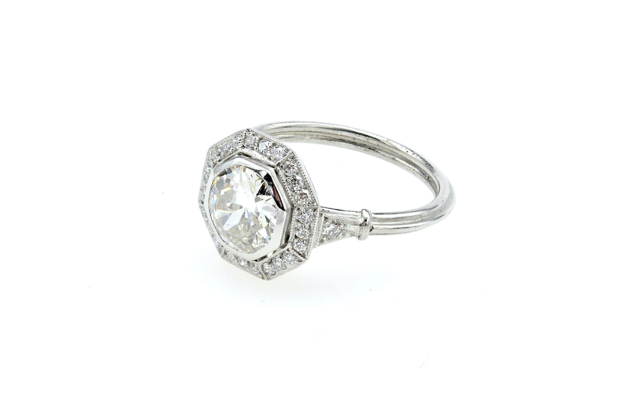 Bague octogonale Art Déco diamant en platine