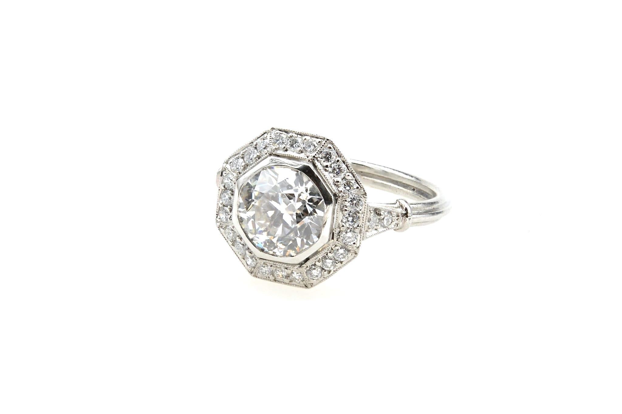 Bague Art Déco octogonale diamant en platine