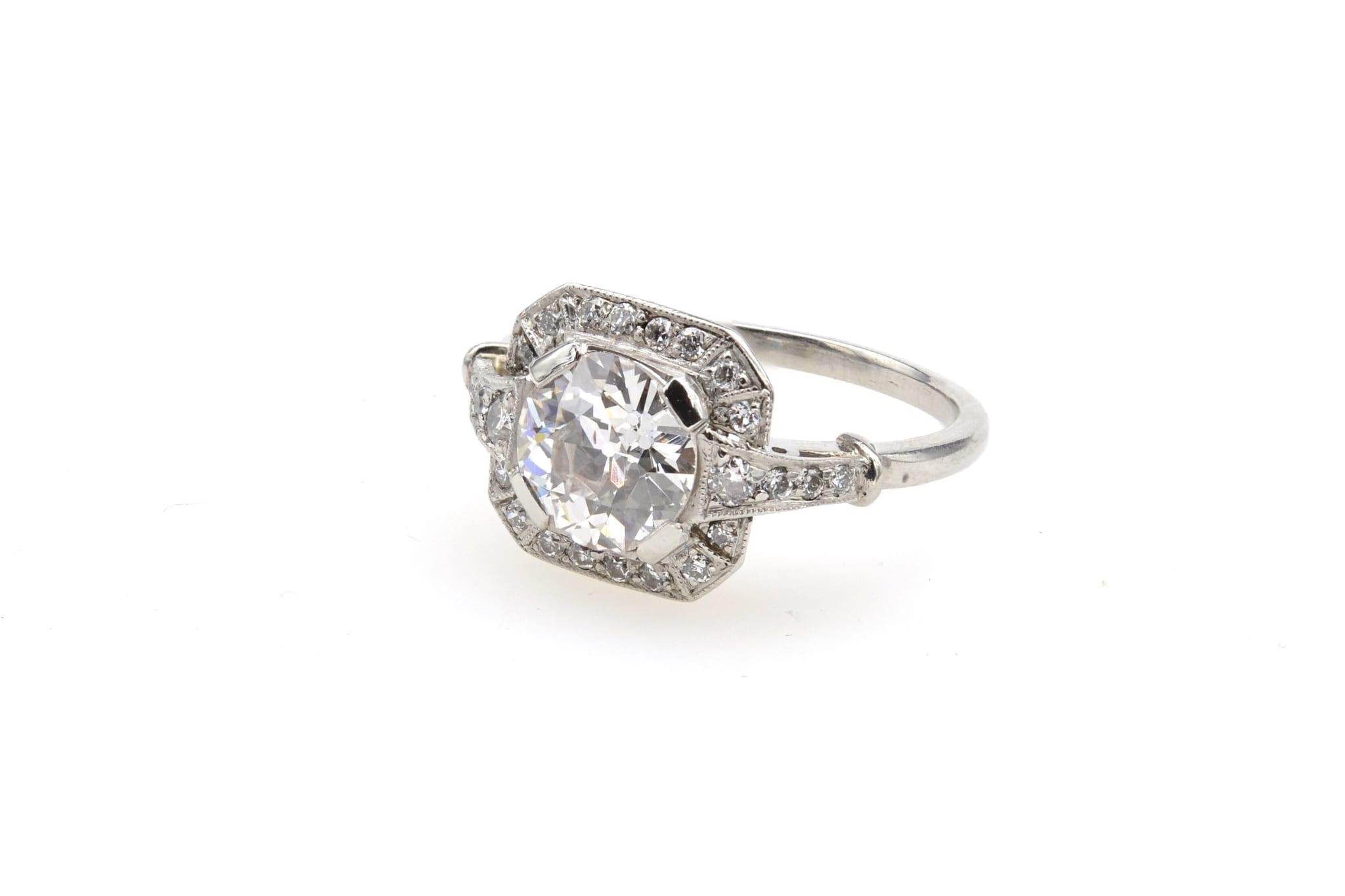 Bague carrée Art Déco diamant en platine