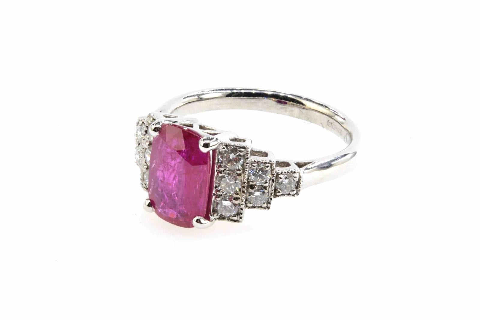 Bague rubis et diamants