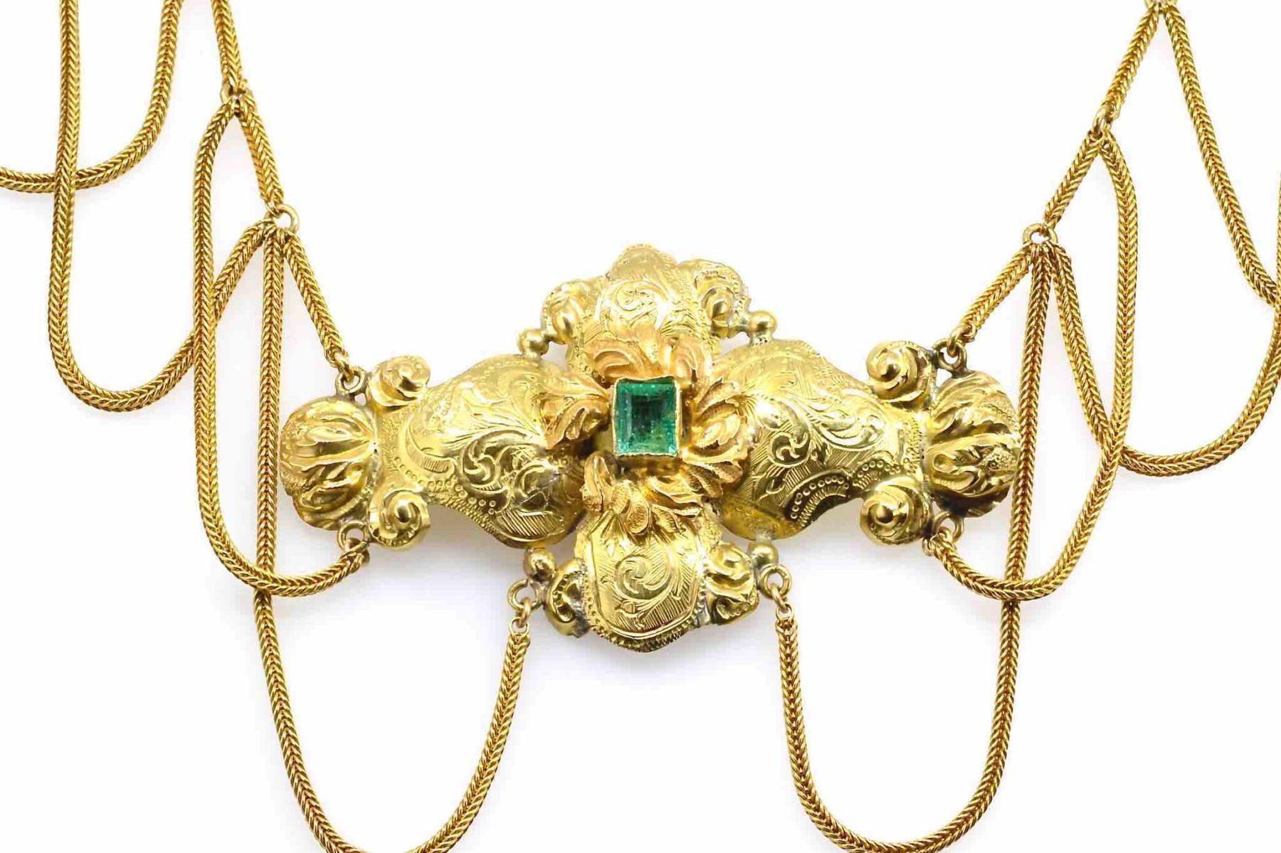 collier 19e émeraudes en or jaune 18k