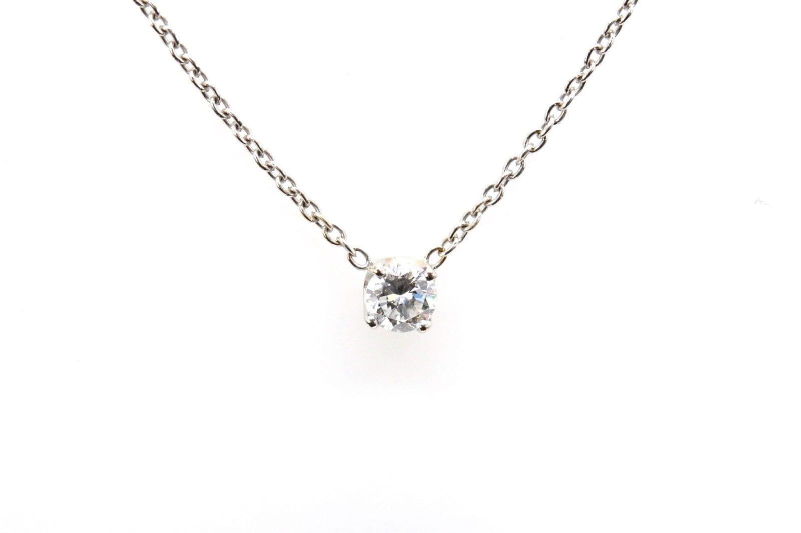 pendentif diamant en or blanc 18k