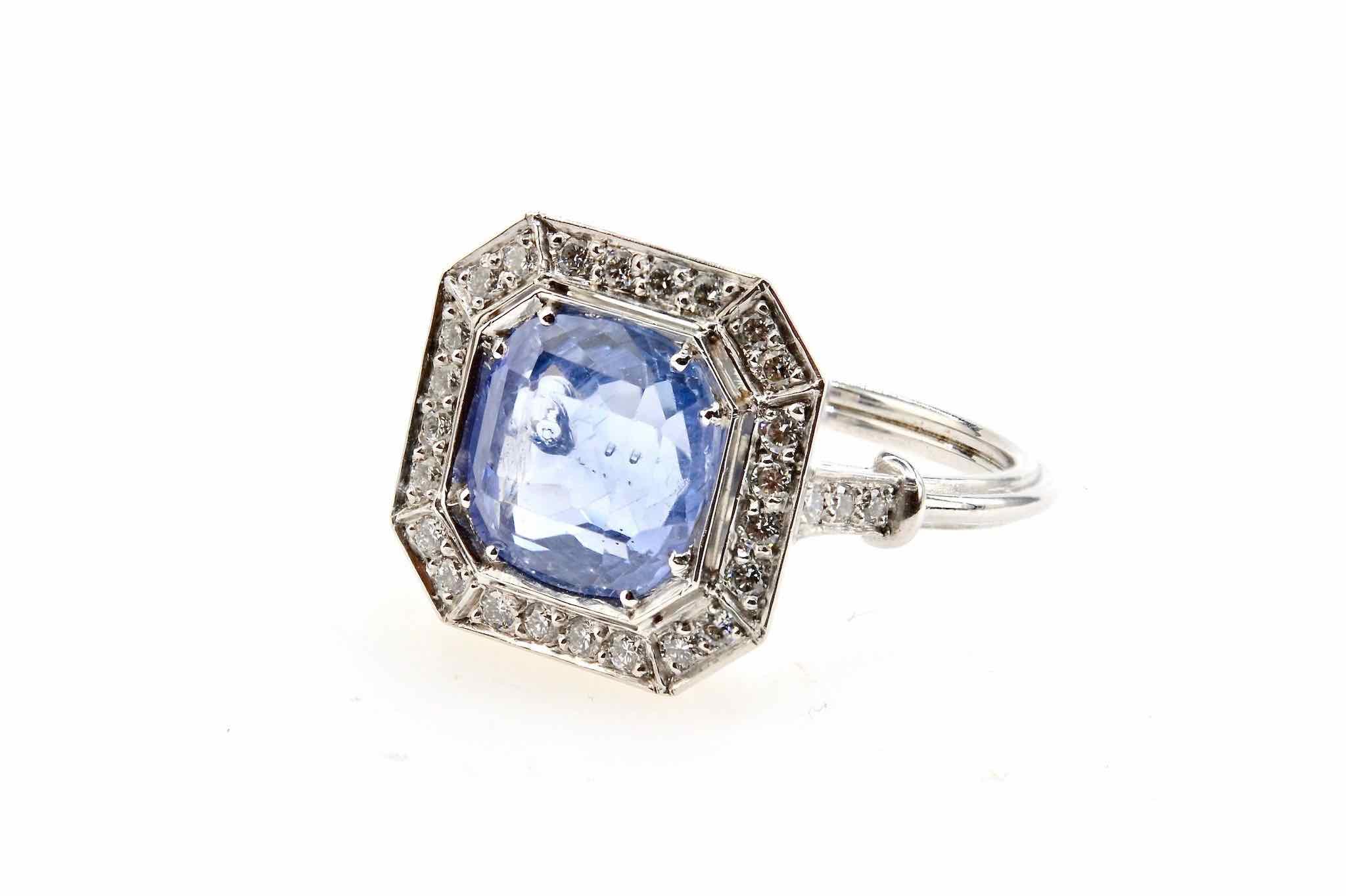bague de style Art Déco saphir et diamants en platine