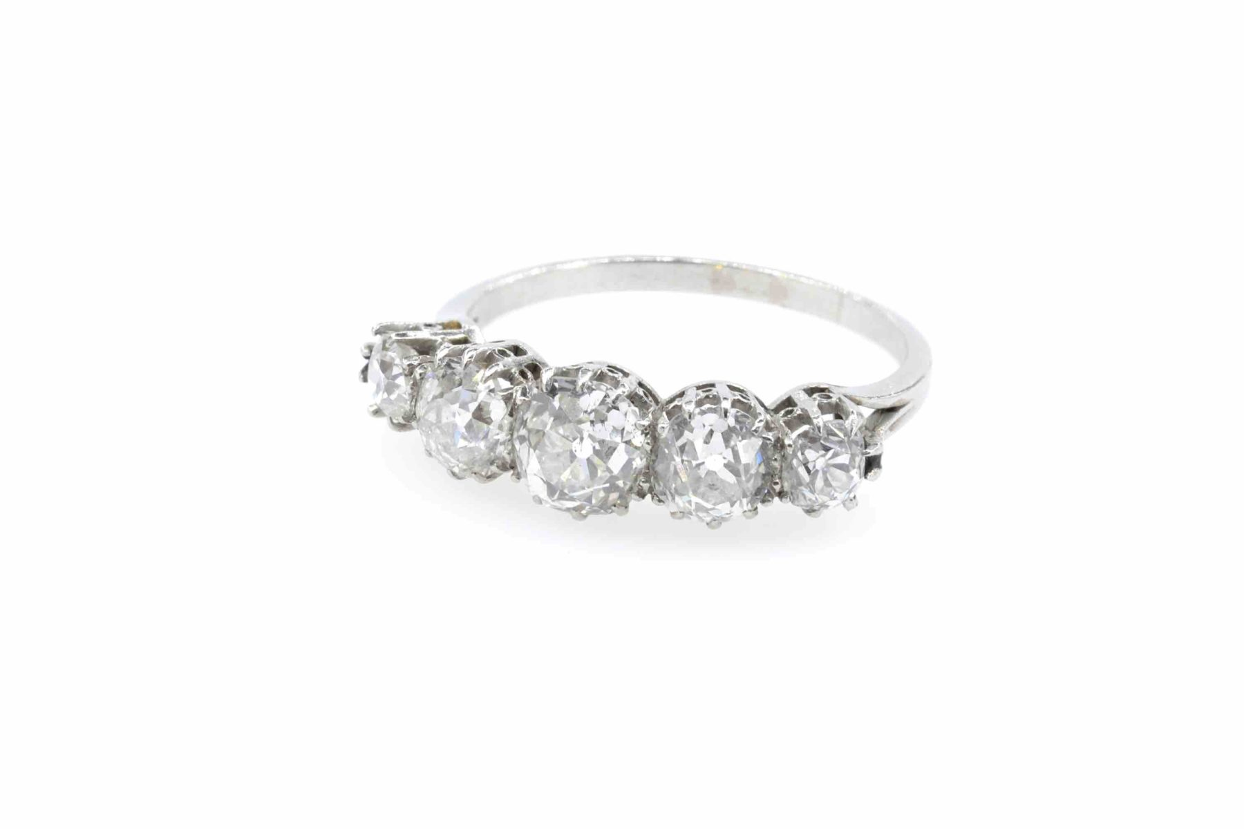 Bague vintage jarretière diamants en platine