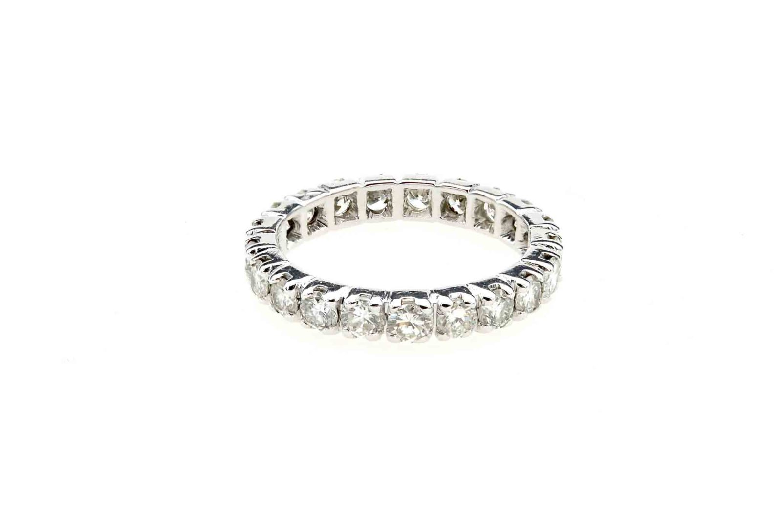 Alliance diamants en or blanc 18k