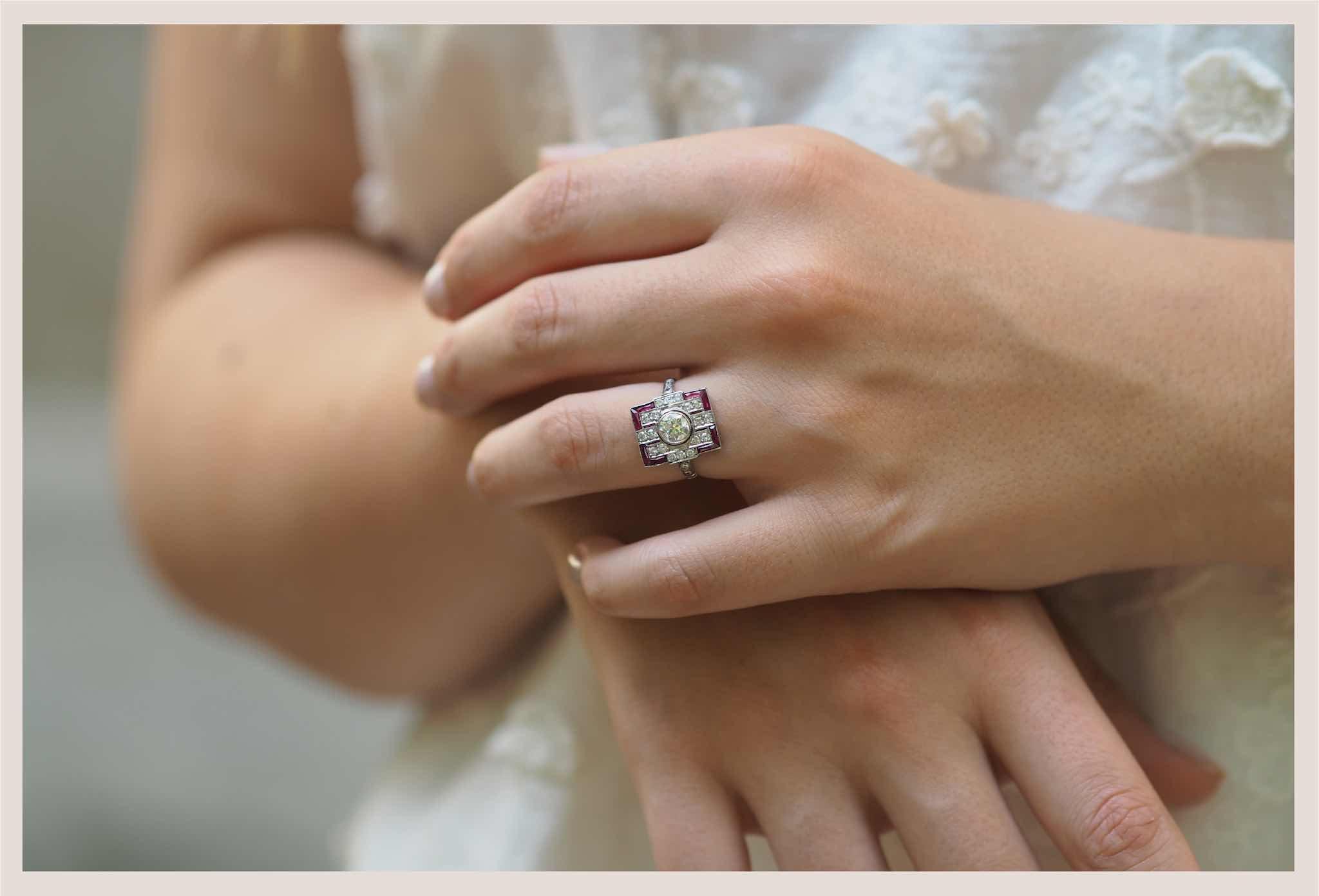 bague de fiançailles vintage rubis