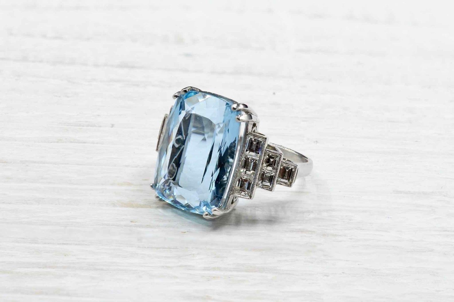 Bague aigue-marine diamants en platine