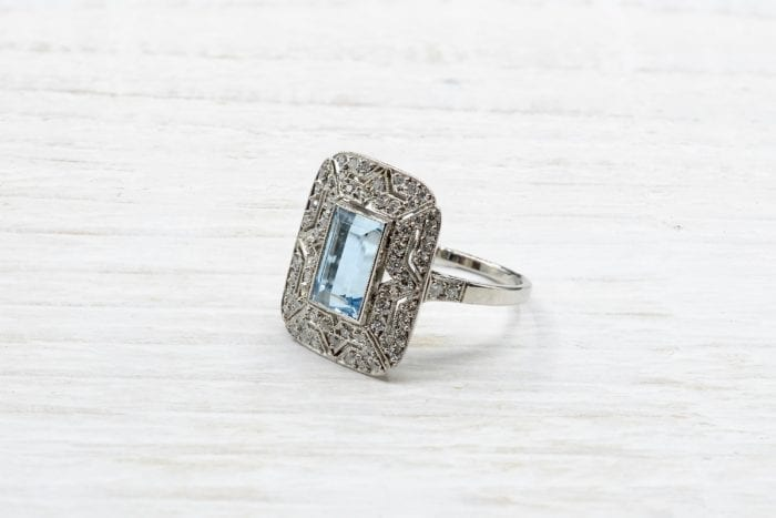 Bague Aigue-marine et diamants sur platine