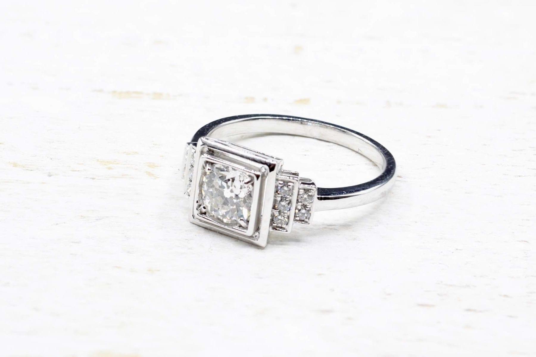 bague de style art-déco diamants