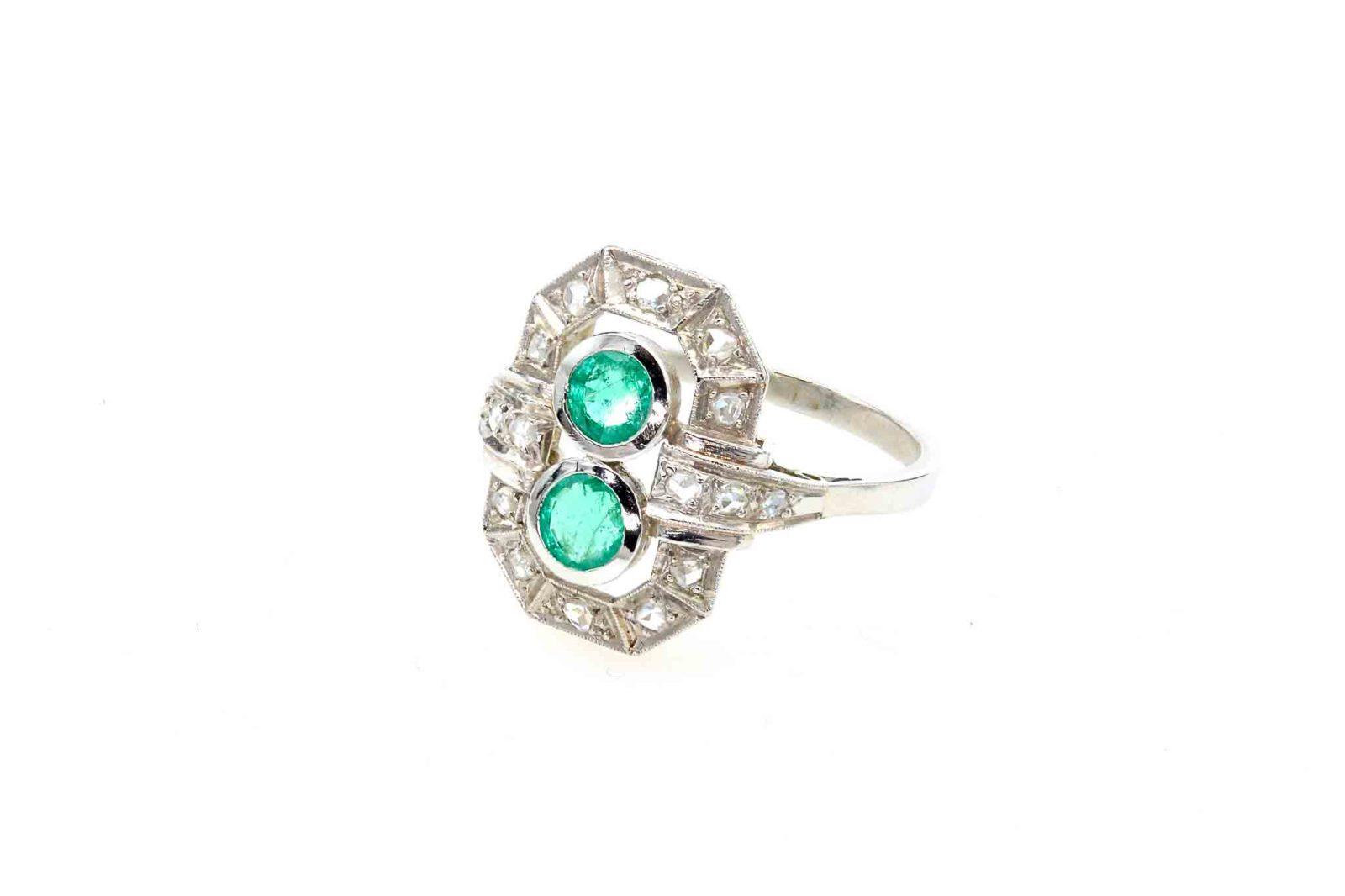 Bague ancienne émeraudes diamants