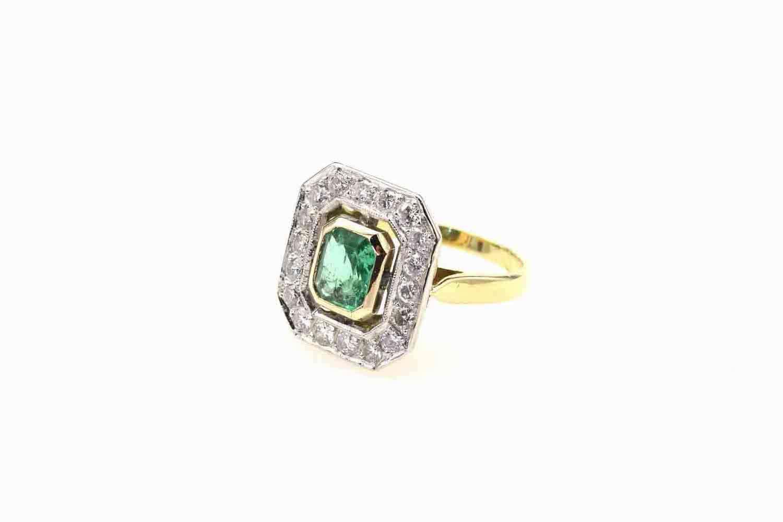 Bague émeraude diamants ancienne