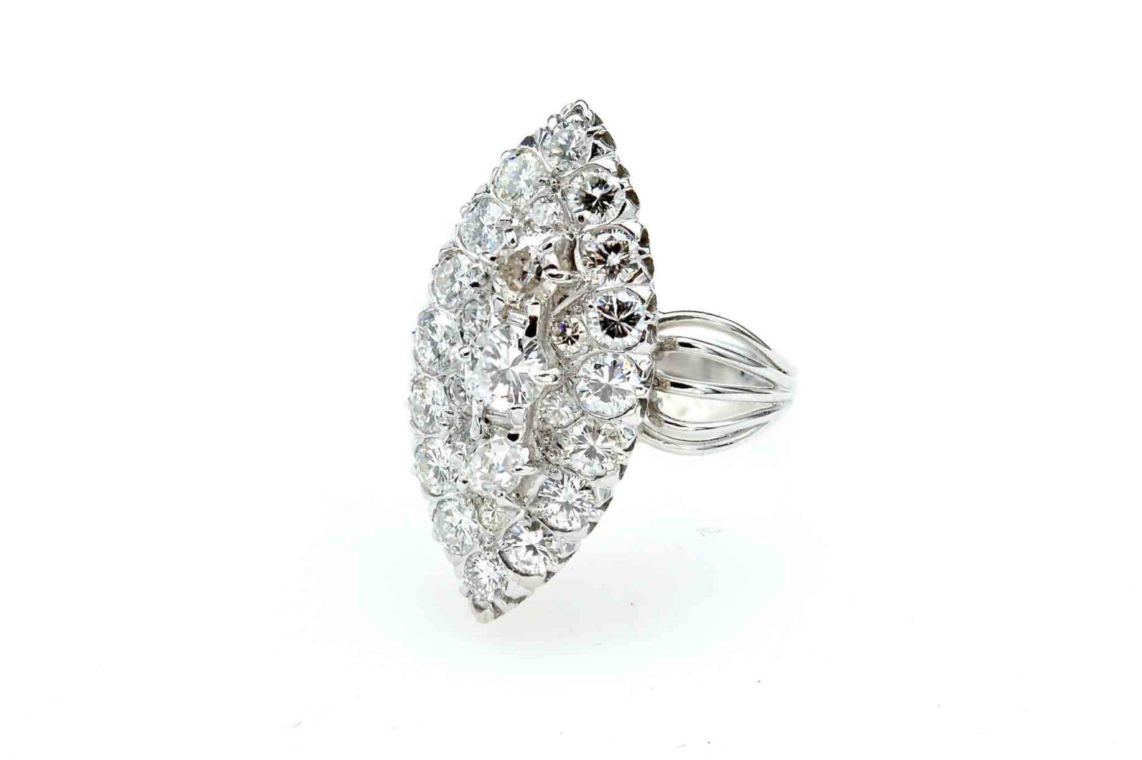 Bague marquise diamants