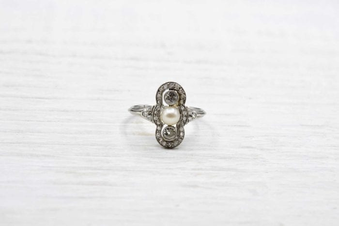bague style art-déco diamants perle