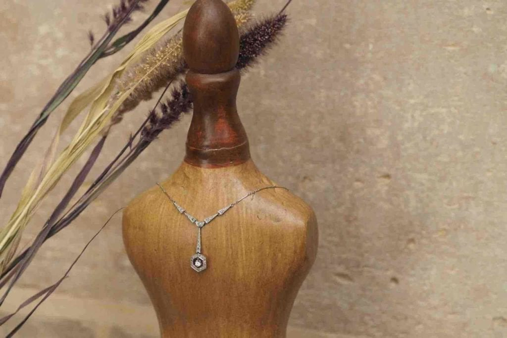 achat de colliers diamants anciens