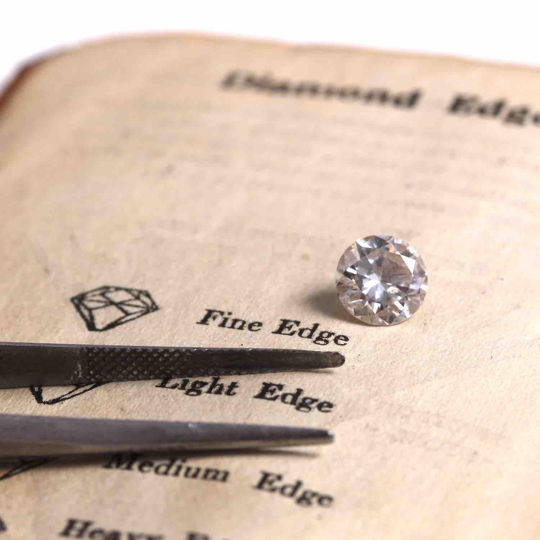 diamants pour sa bague de fiançailles