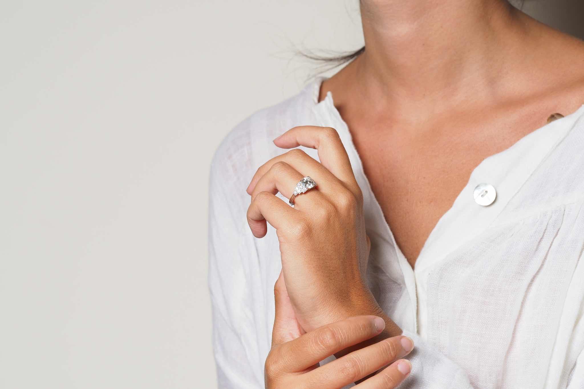 Bague de style Art Déco diamant