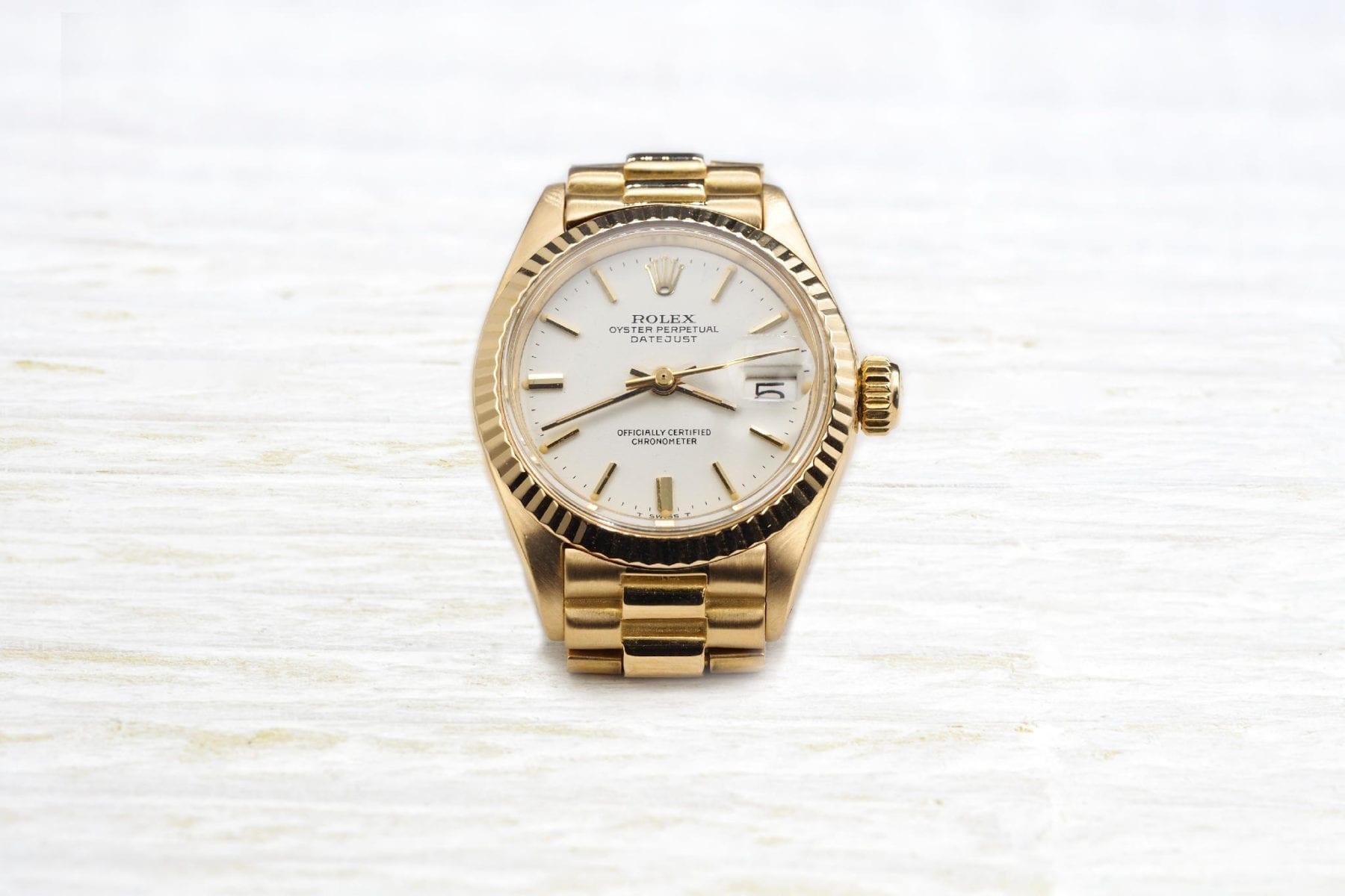 Montre Rolex en or jaune 18k