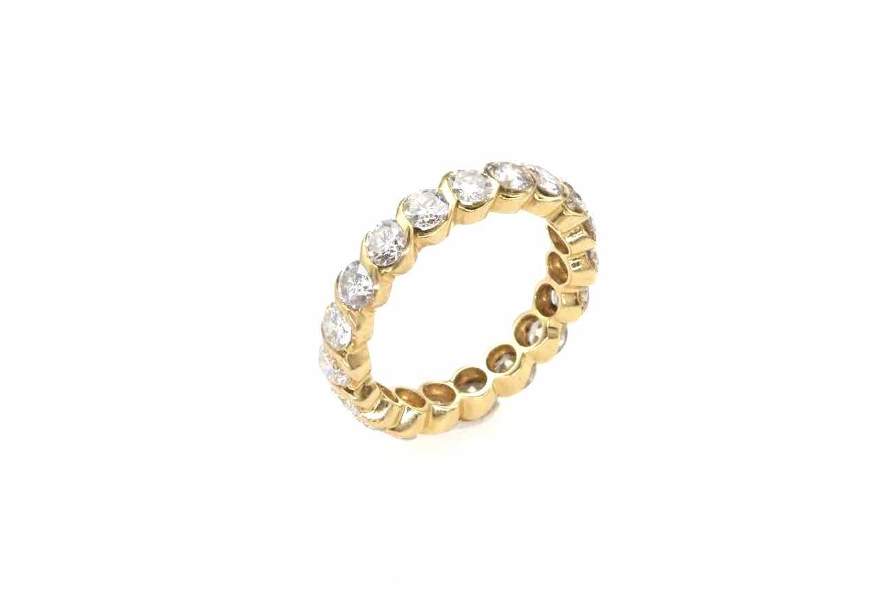 Alliance diamants tour complet en or jaune 18k