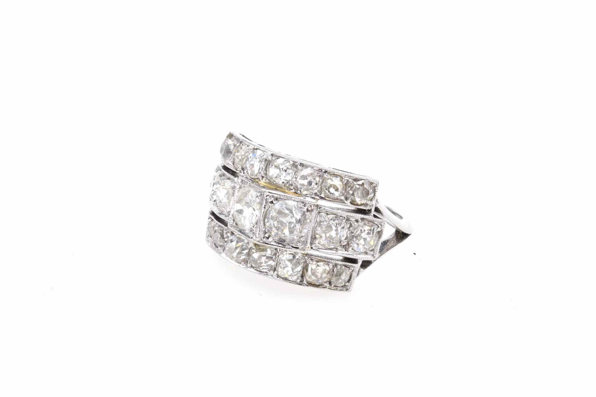 Bague 1930 diamants en platine