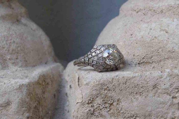 bague art-déco en diamants