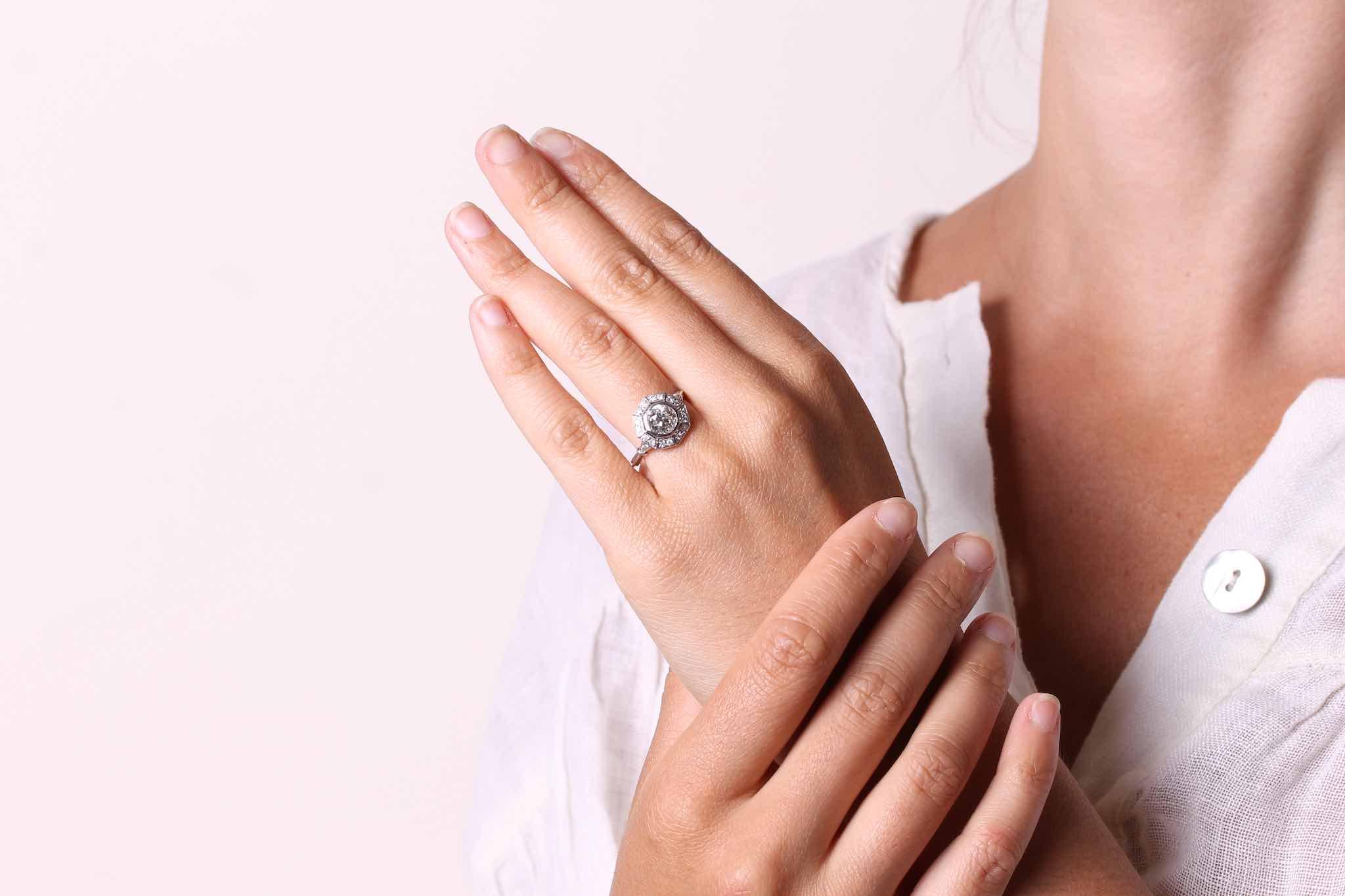 Bague ocotogonale diamants