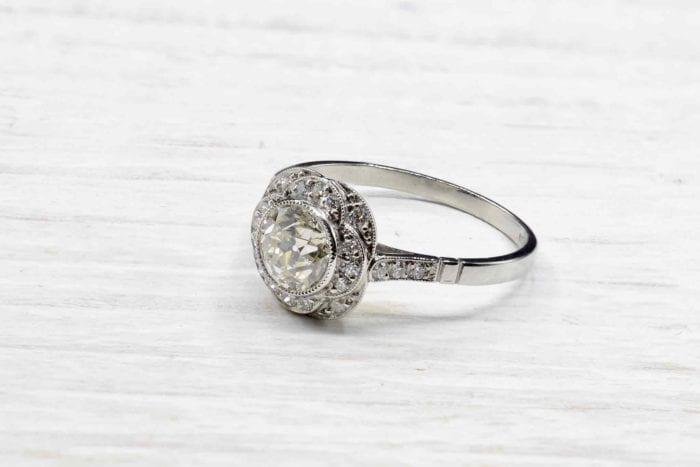 Bague vintage solitaire diamant en platine