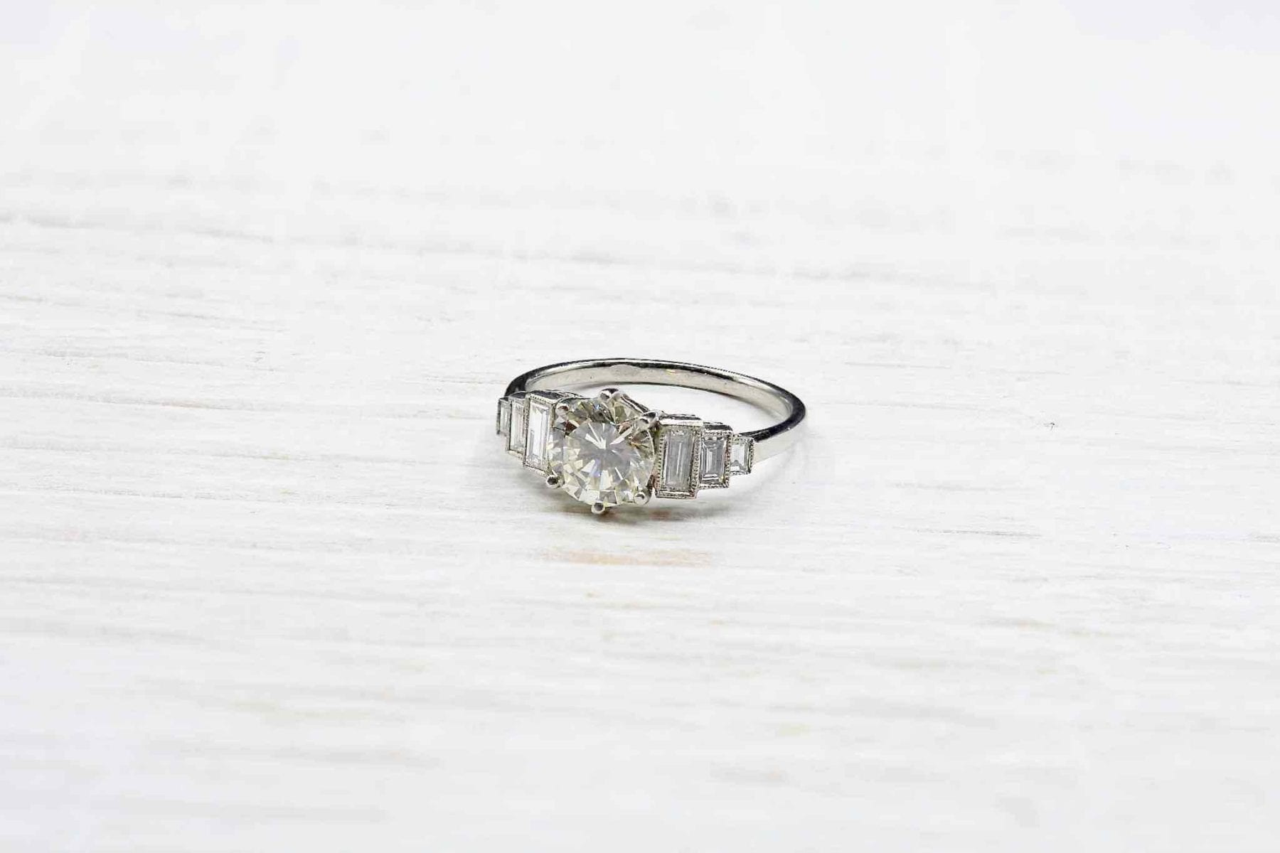 bague diamants et baguette