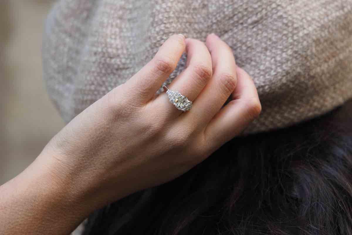 bague solitaire diamants central