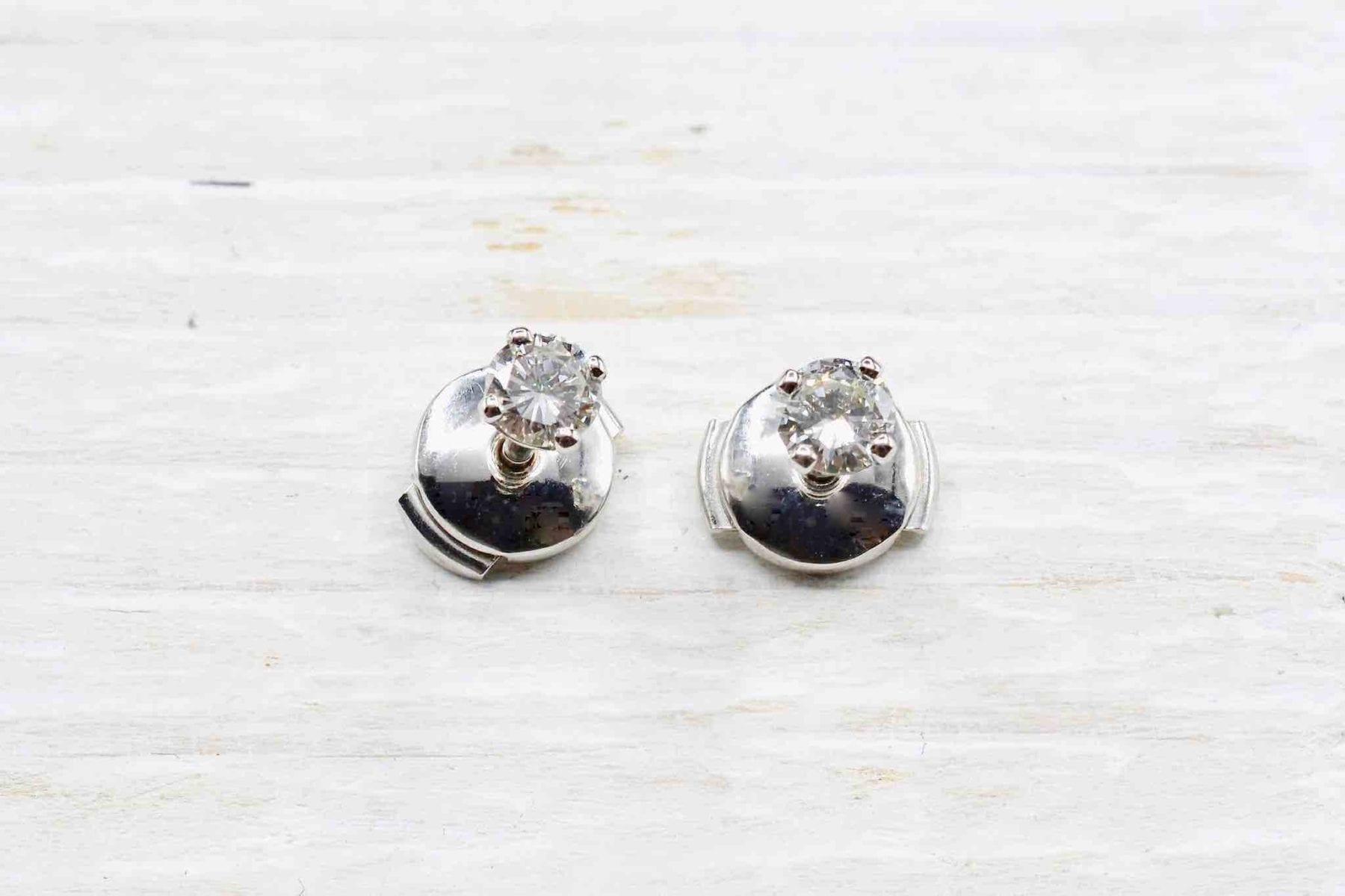 Boucles d'oreilles puce diamants
